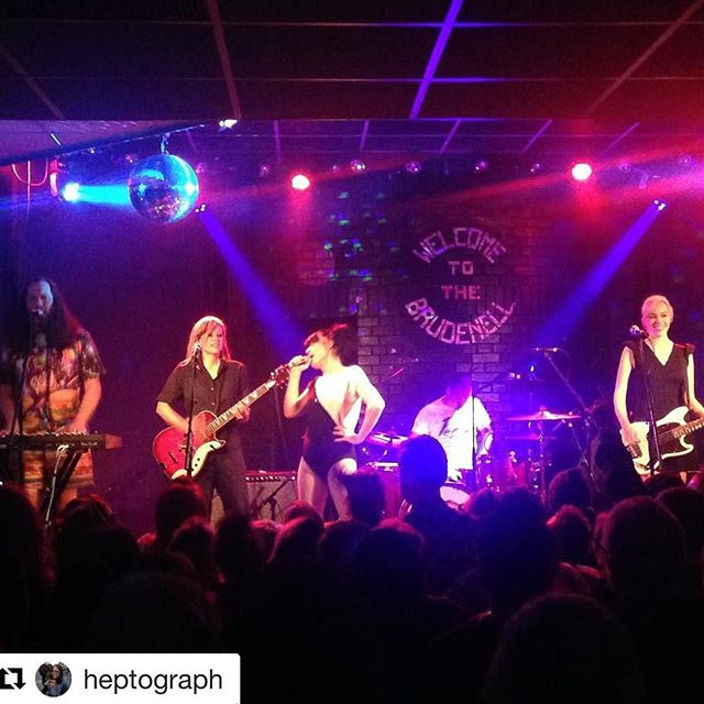 We really love the Brudenell. Thank you all for a lovely night!! Thank you @nath_brudenell! ❤️#leeds