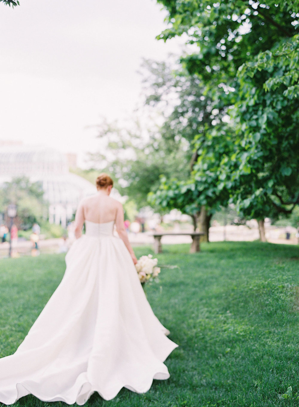 Brooklyn Botanic Gardens wedding, Judy Pak Photography, Ang Weddings and Events, Mimosa Floral Design, Isabelle Armstrong gown