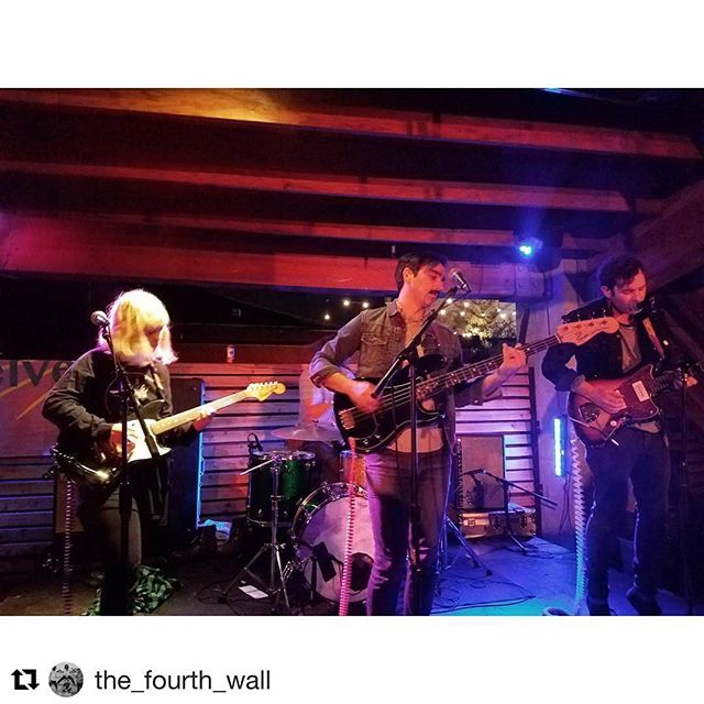 @rontomssundays last nite was wild. So fun! Thanks to all who made it out and to @helvetiamusic for their beautiful tunes and sick beach towels. See y'all at @theknow_pdx on 10.22?