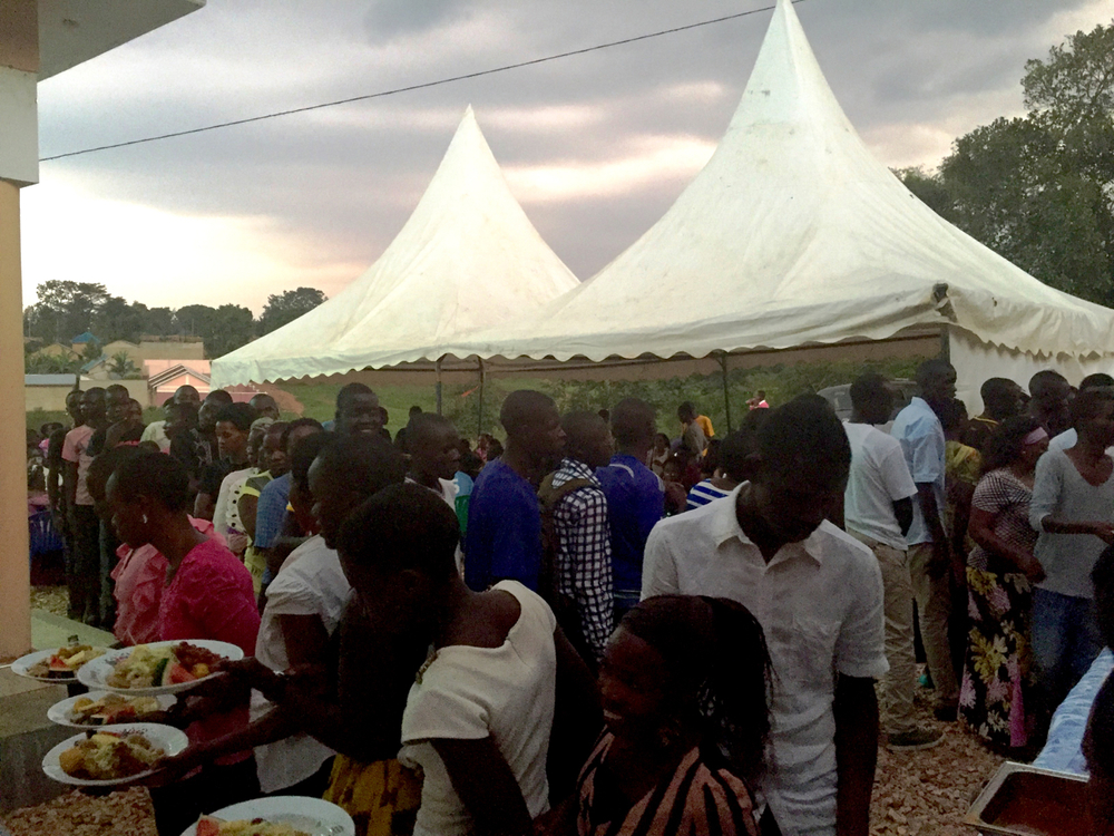 God stretched the food so all were served!