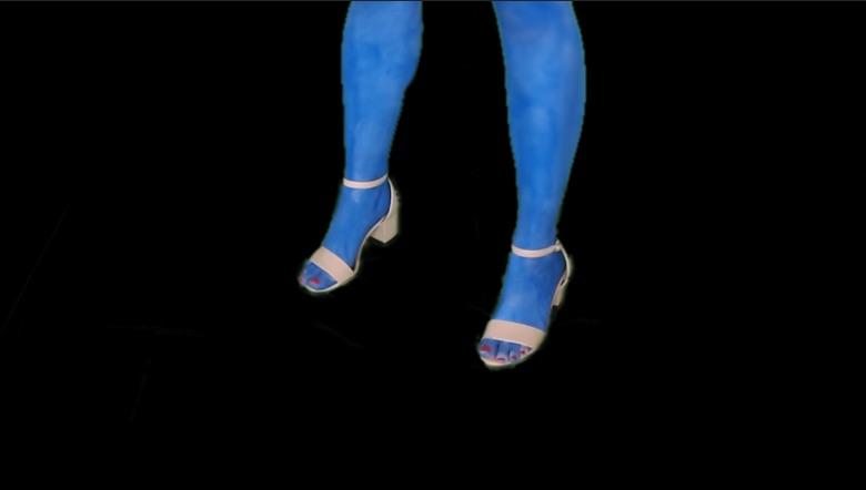 Social_Screenshots_Feet.jpg