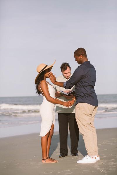 tybee-island-wedding-ceremony-2-L.jpg