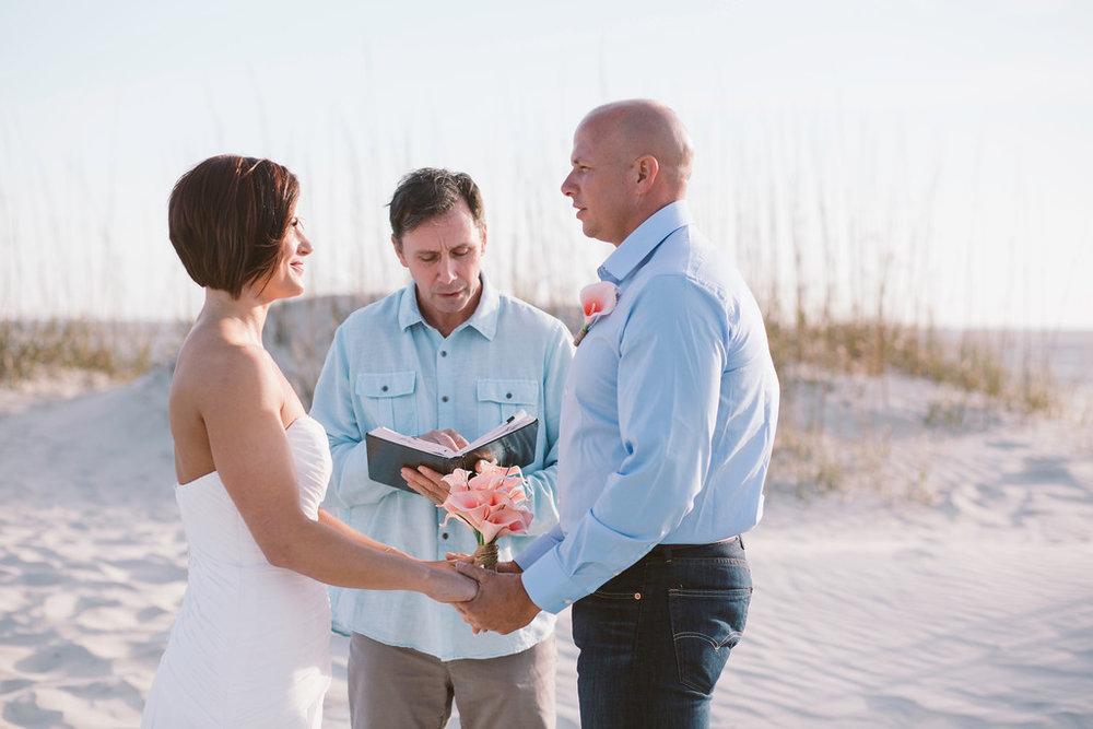 tybee-island-wedding-officiant-3-XL.jpg