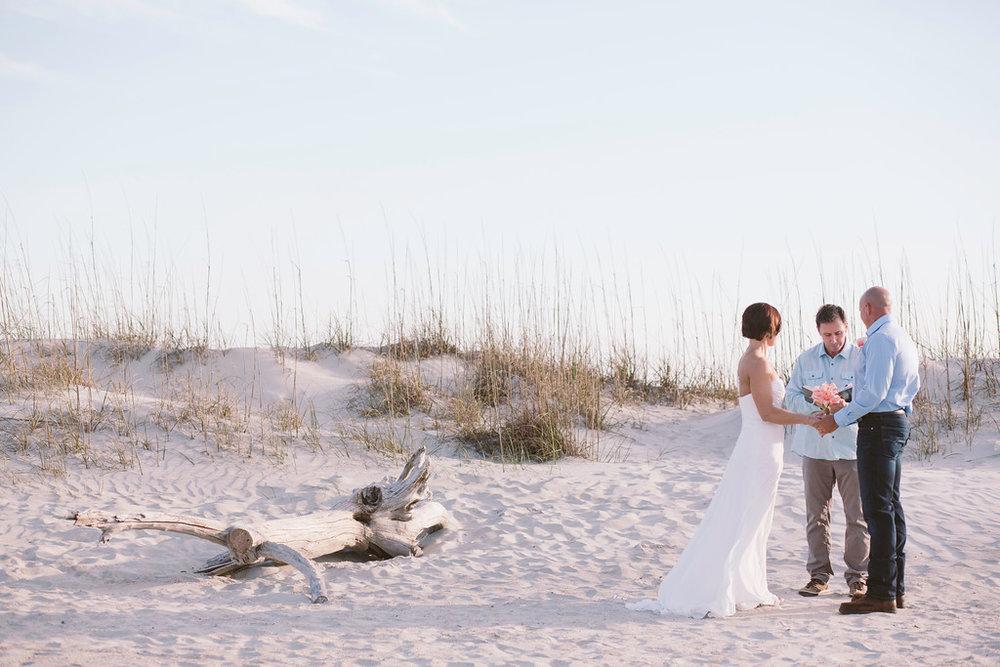 tybee-island-wedding-officiant-5-XL.jpg