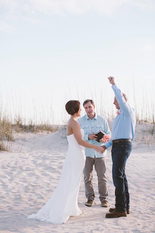 tybee-island-wedding-officiant-9-XL.jpg