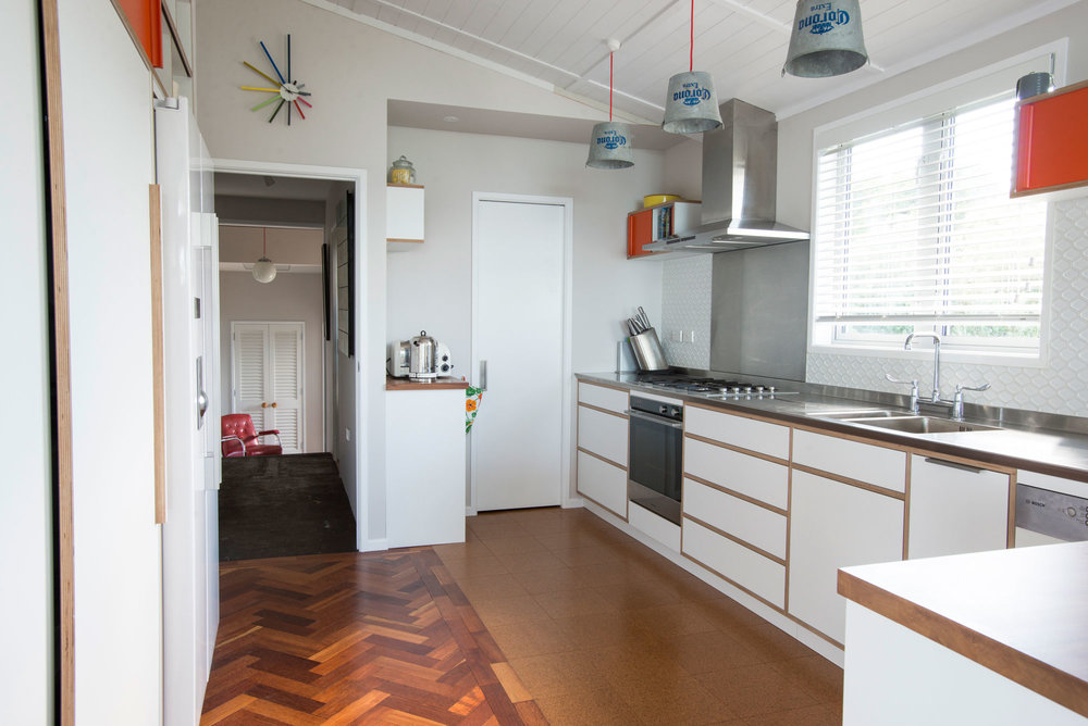 1970's style kitchen by Shoreditch