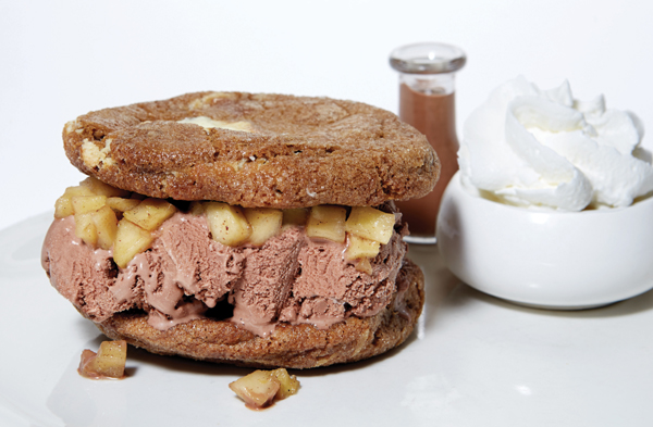 white-chocolate-max-wich.jpg