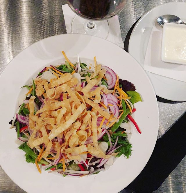 To celebrate the first week of September, we have the ASIAN SALAD for this weekend only.  mixed greens, water chestnuts, bean sprouts, carrots, onions, snow peas, red pepper in creamy ginger vinaigrette and fried wonton strips.  #asiansalad #eatlocal #foodie #chicagoeats #hqhowardquintero #albanypark #albanyparkchicago #irvingpark #irvingparkchicago #howardquintero #hq_chi_menu