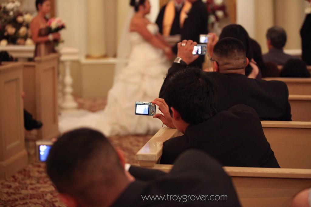 Las-vegas-paris-wedding-pictures-2