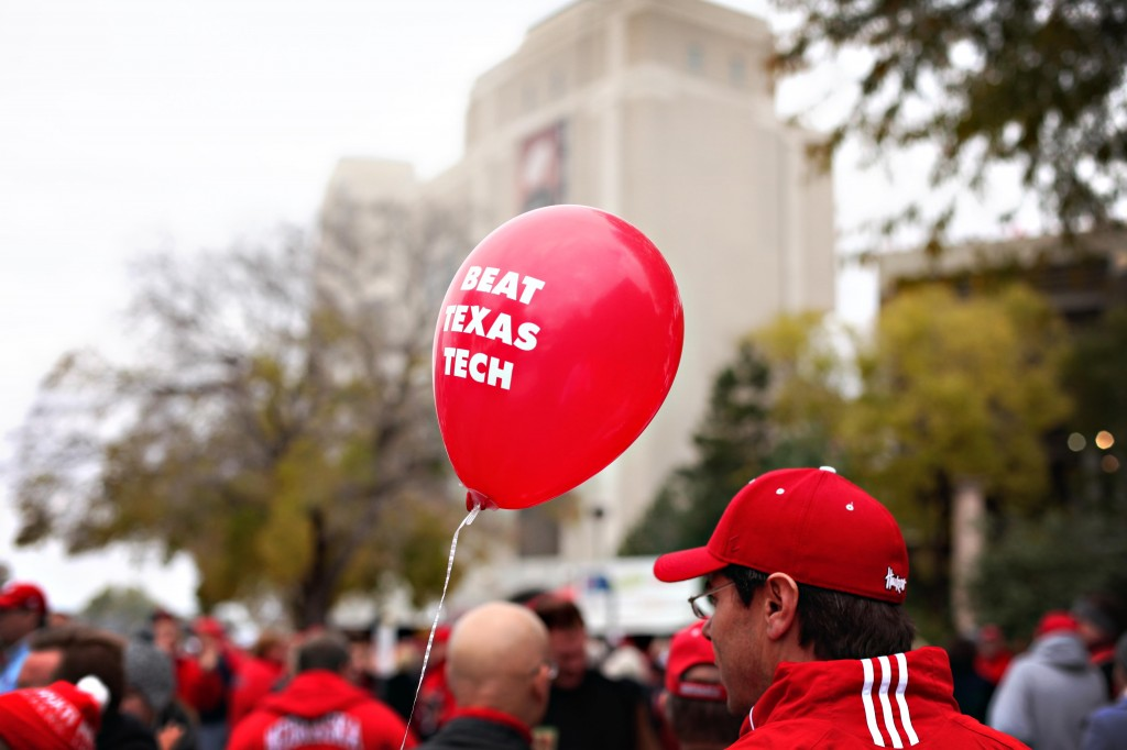 husker-balloon-tradition