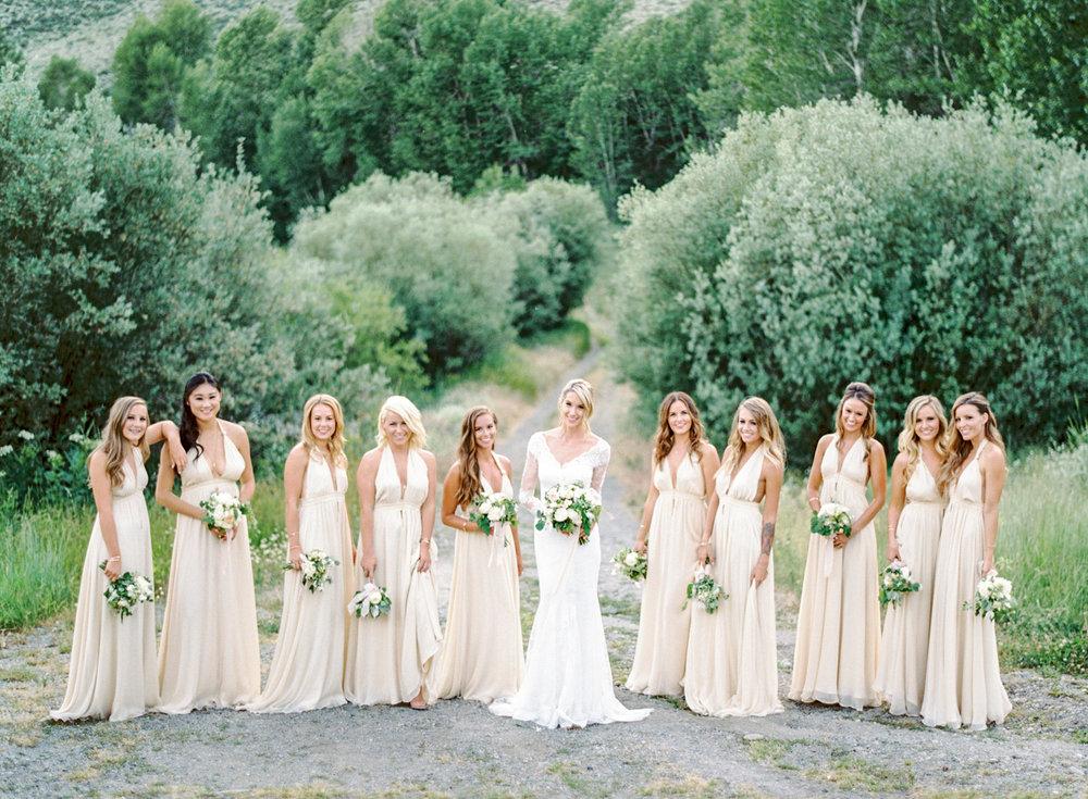 tyler-hubbard-wedding-08(pp_w1800_h1323).jpg