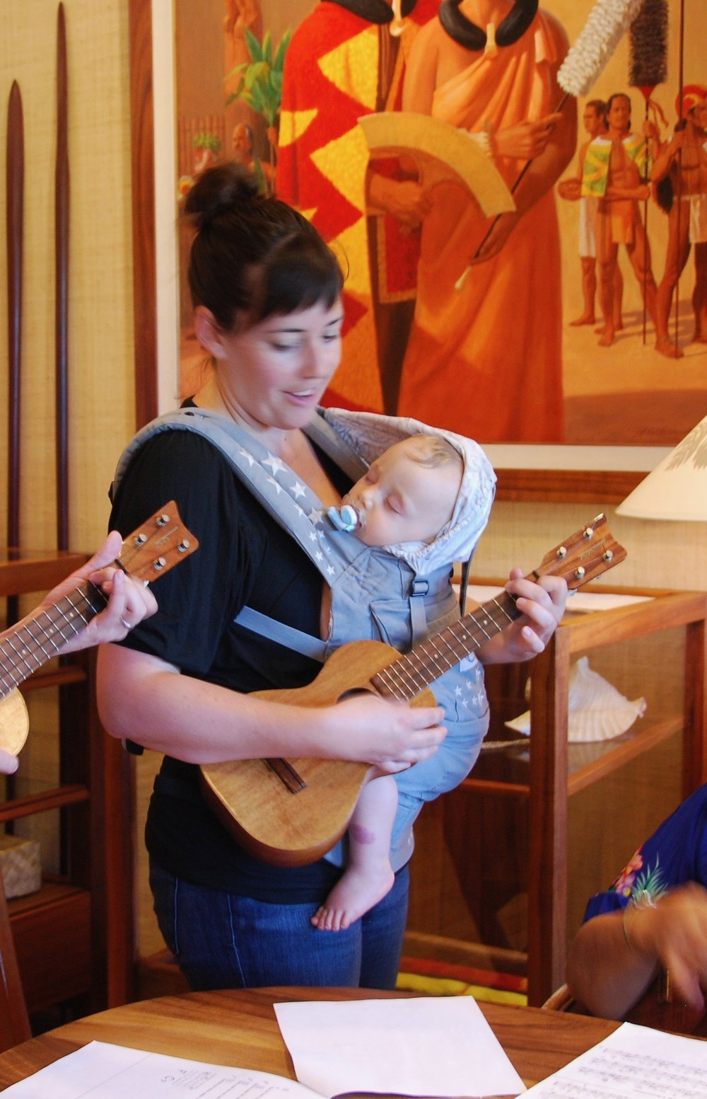 our first ukulele lesson, 7/27/11