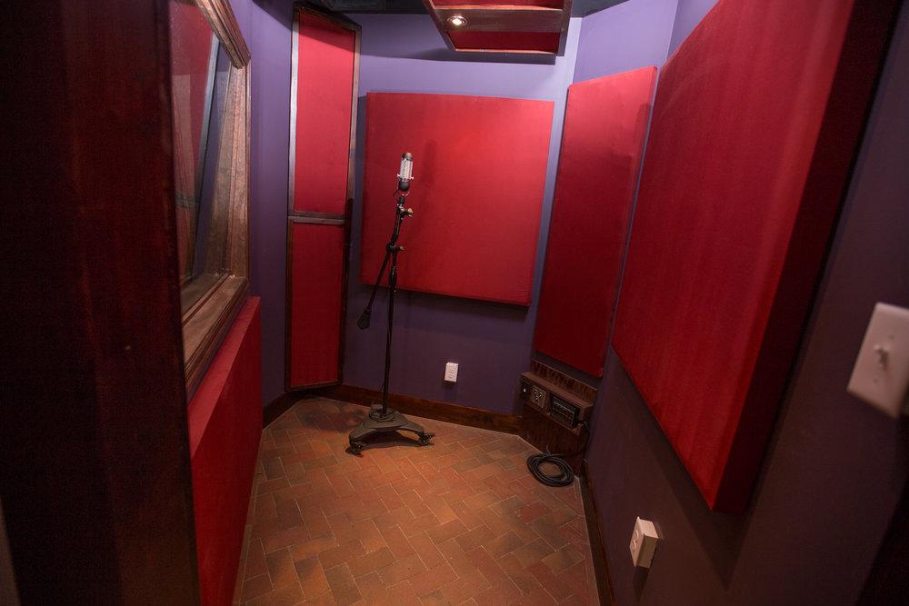 Booth 5 MAIN.jpg