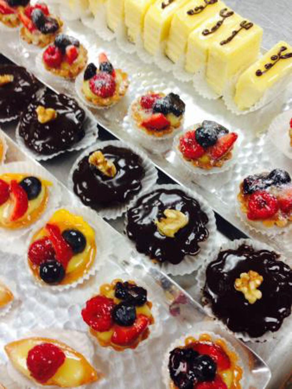 pastries (20 of 25).jpg