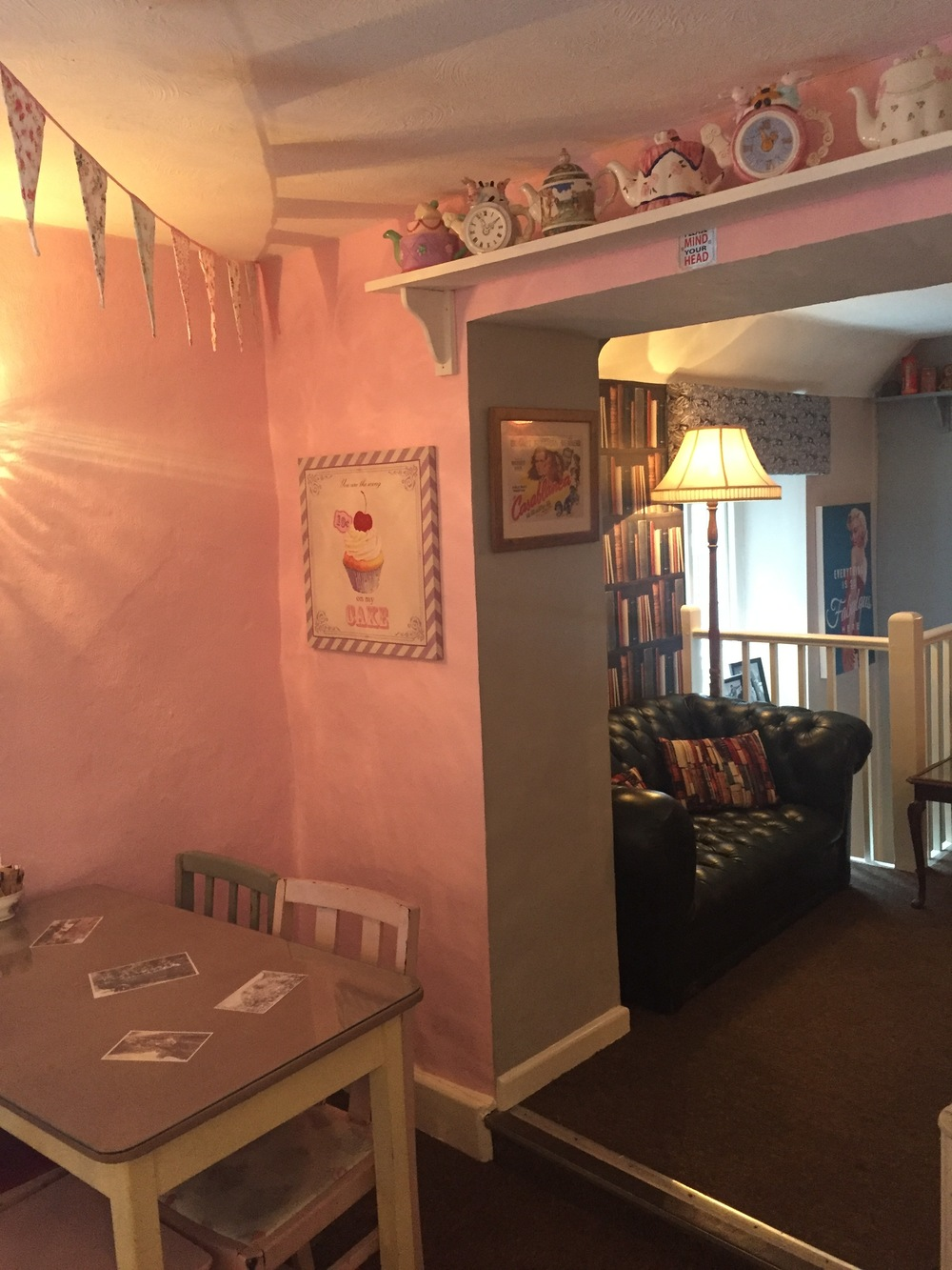 Cheddar Tea Rooms Decor: Pink Bunting Room