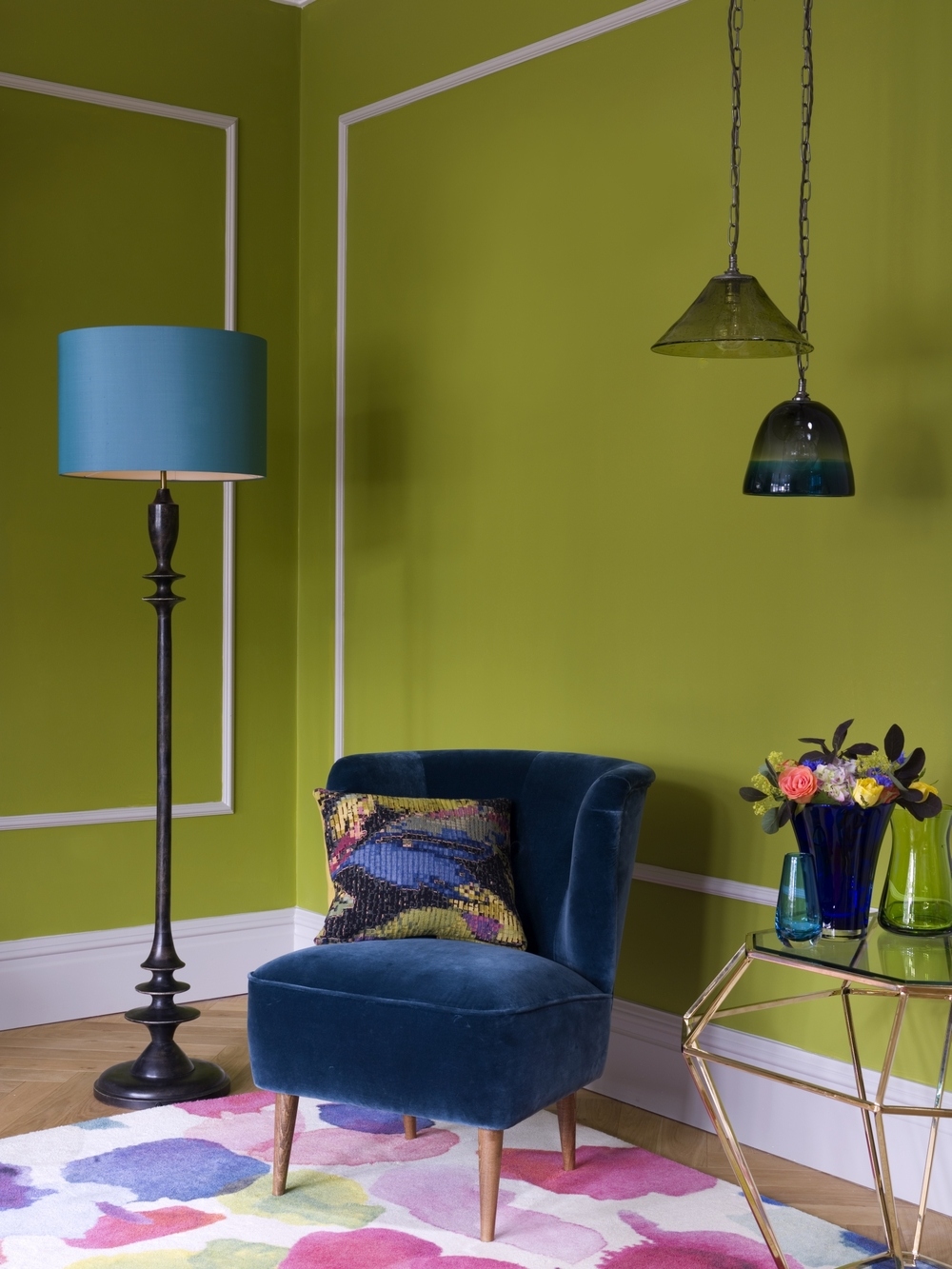 10 Ways to Brighten a Dark Entrance Hall