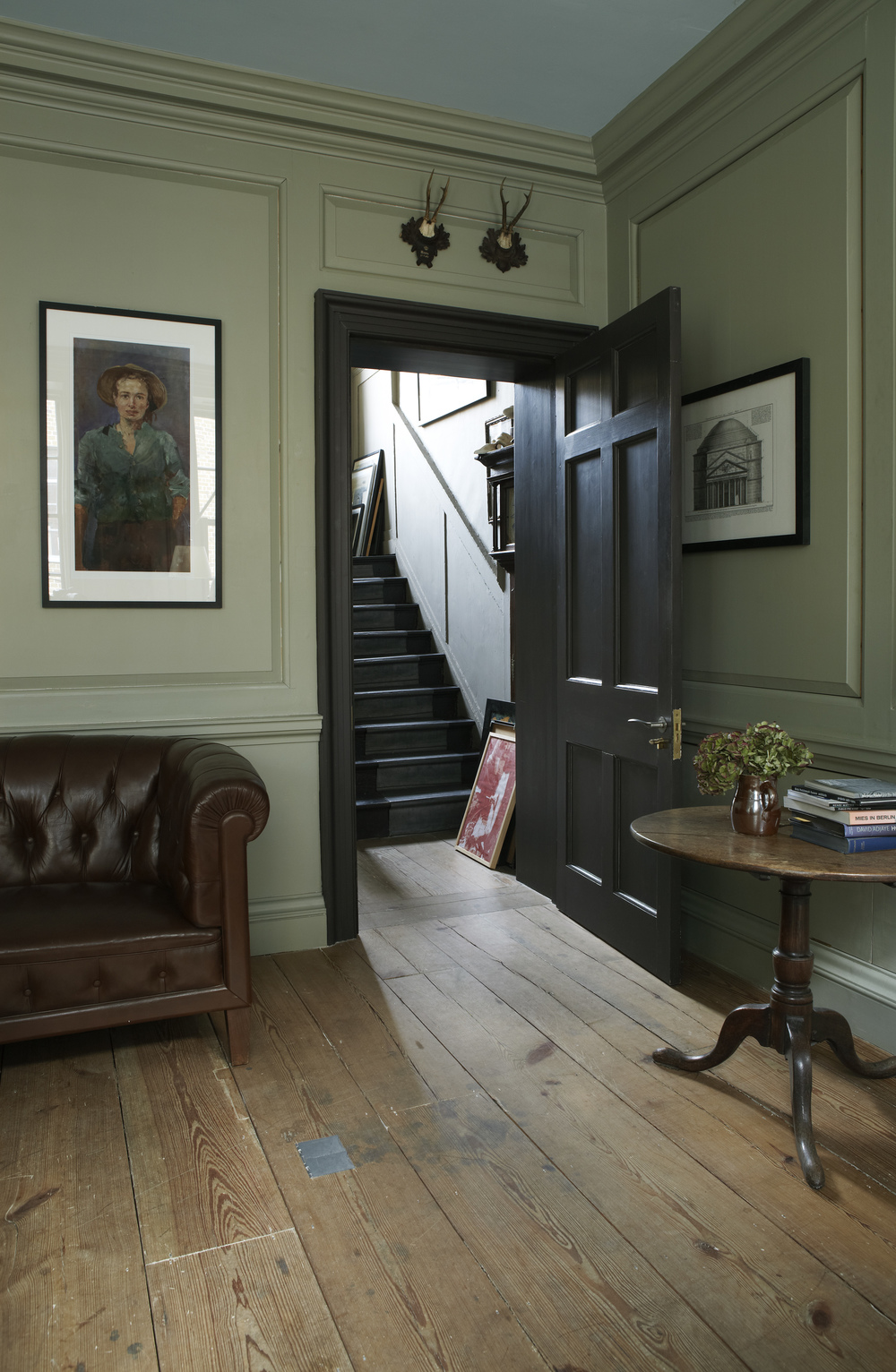 More than 50 shades of grey: How to choose the perfect grey paint by understanding undertones: Farrow & Ball French Gray.