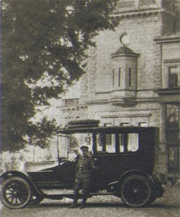 prvi-automobil-u-beogradu-03.jpg