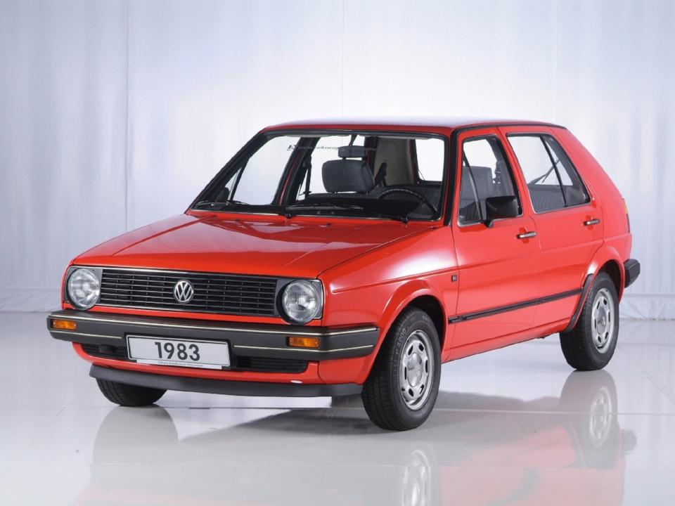 volkswagen_golf_5-door_1983.jpg