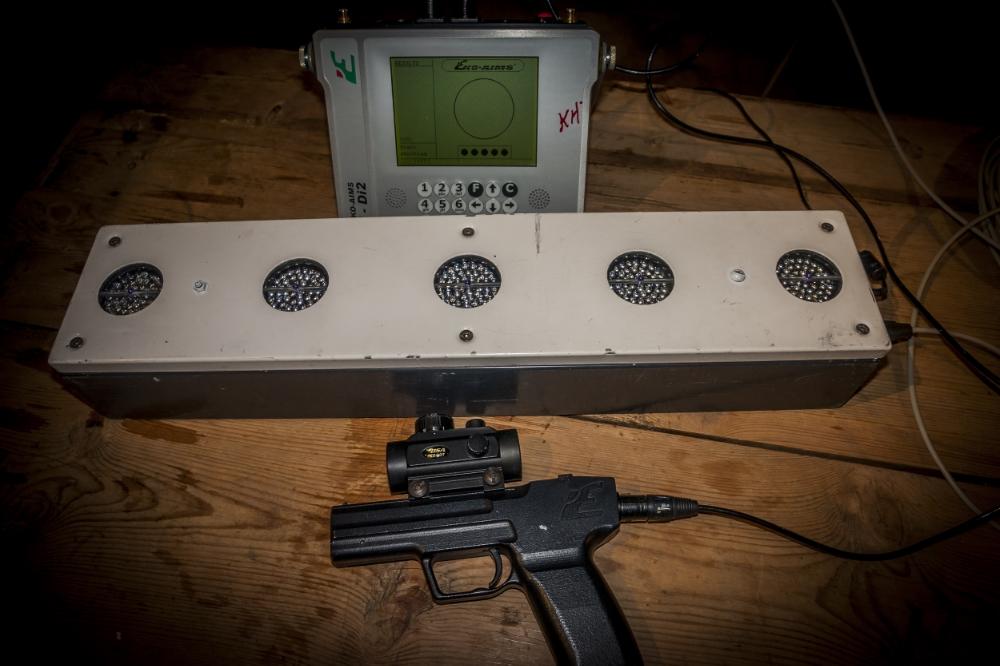 Eko Aims laserpistol og skiskytterblink