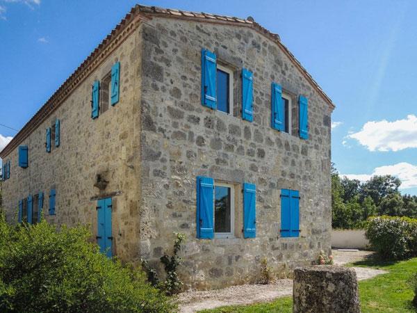 Main yoga retreat house chene France
