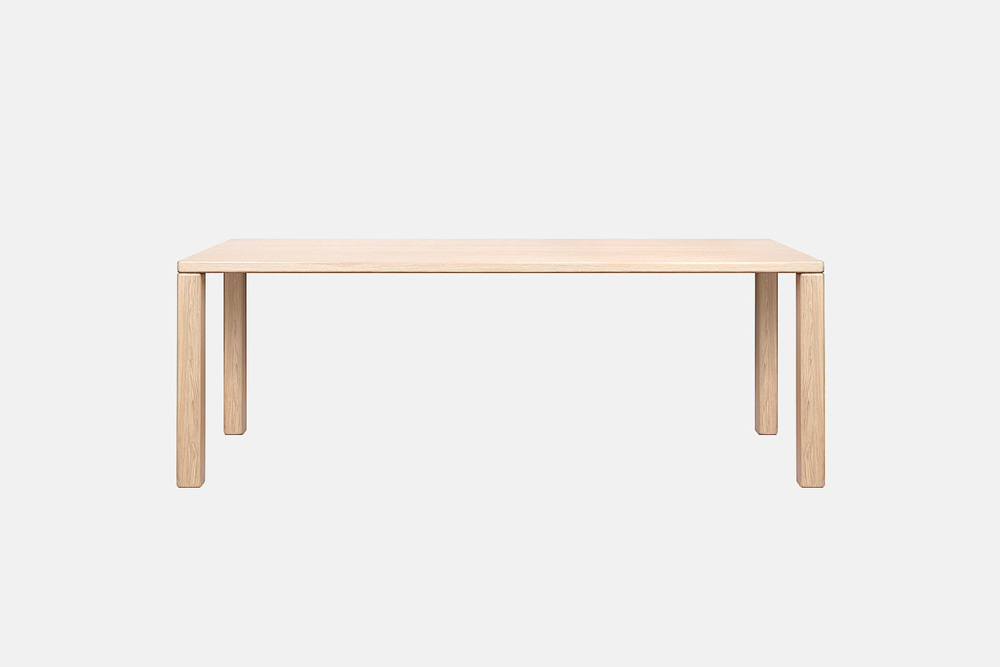 Objekten_Element_TERENCE_Woodgate_table_oak_chene_rectilinear_joint_01.jpg