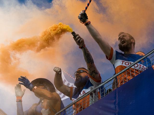 Bjorn Fox smoke.jpg