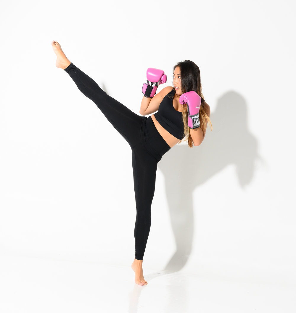 An American kick boxer in the Studio.