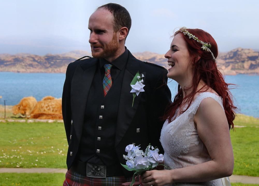 iona wedding, origami bridal flowers, daffodil buttonhole, narcissus wedding