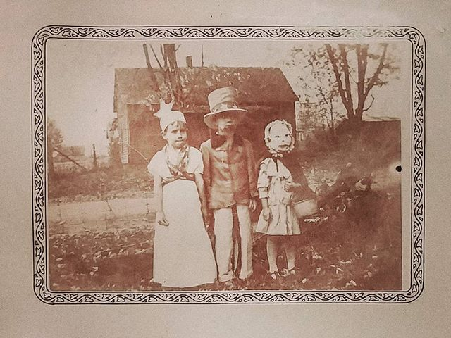 My uncle Richard as Lady Liberty; my aunt Ruth as Little Red Riding Hood; and Uncle Sam (in the middle) a neighbor in their little town of Yale, Illinois. I really wish someone was still alive to decipher the stories left behind in my mother's family albums, as I'm sure there was a funny anecdote behind this one! Circa 1935. . . . . . #vintagehalloween #halloween #trickortreat #spooky #obscura #halloweencostume #vintagemask #yaleillinois #1930s #hampsten