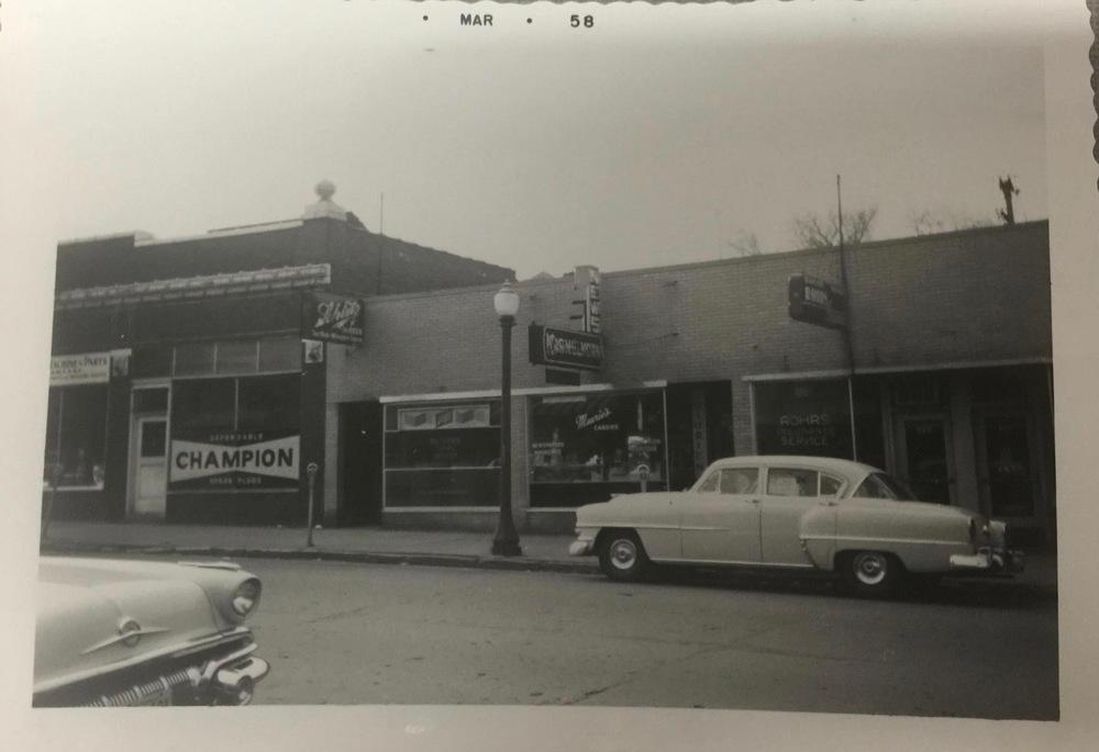 Mauries, 1958