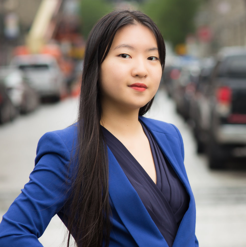 "<span style=""font-weight:bold; font-size: 18px"">Ariel Hsu<br><span style=""font-weight:300; font-size: 18px"">Junior Account Executive</span>"