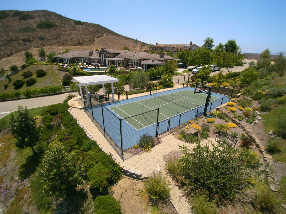 Drought tolerant landscape with sport court