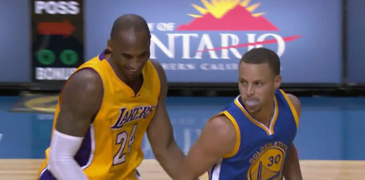 Kobe Bryant congratulating Steph Curry on a trifecta
