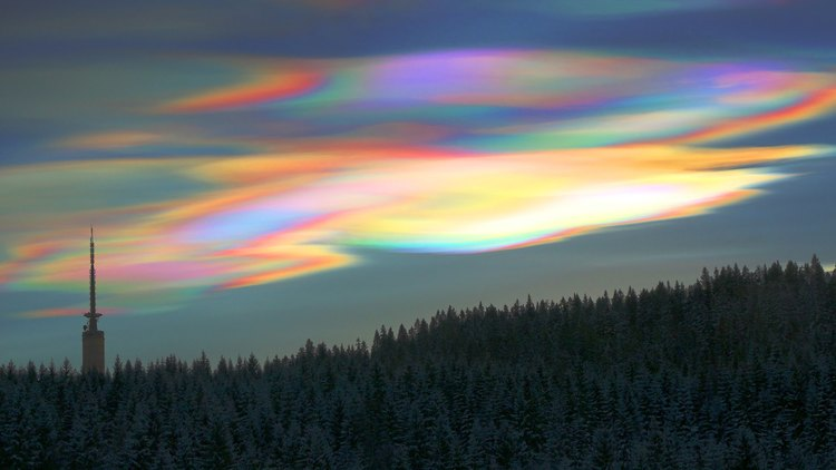 Nacerous Clouds