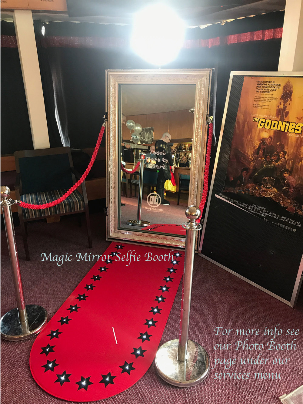Magic Mirror Booth.jpg