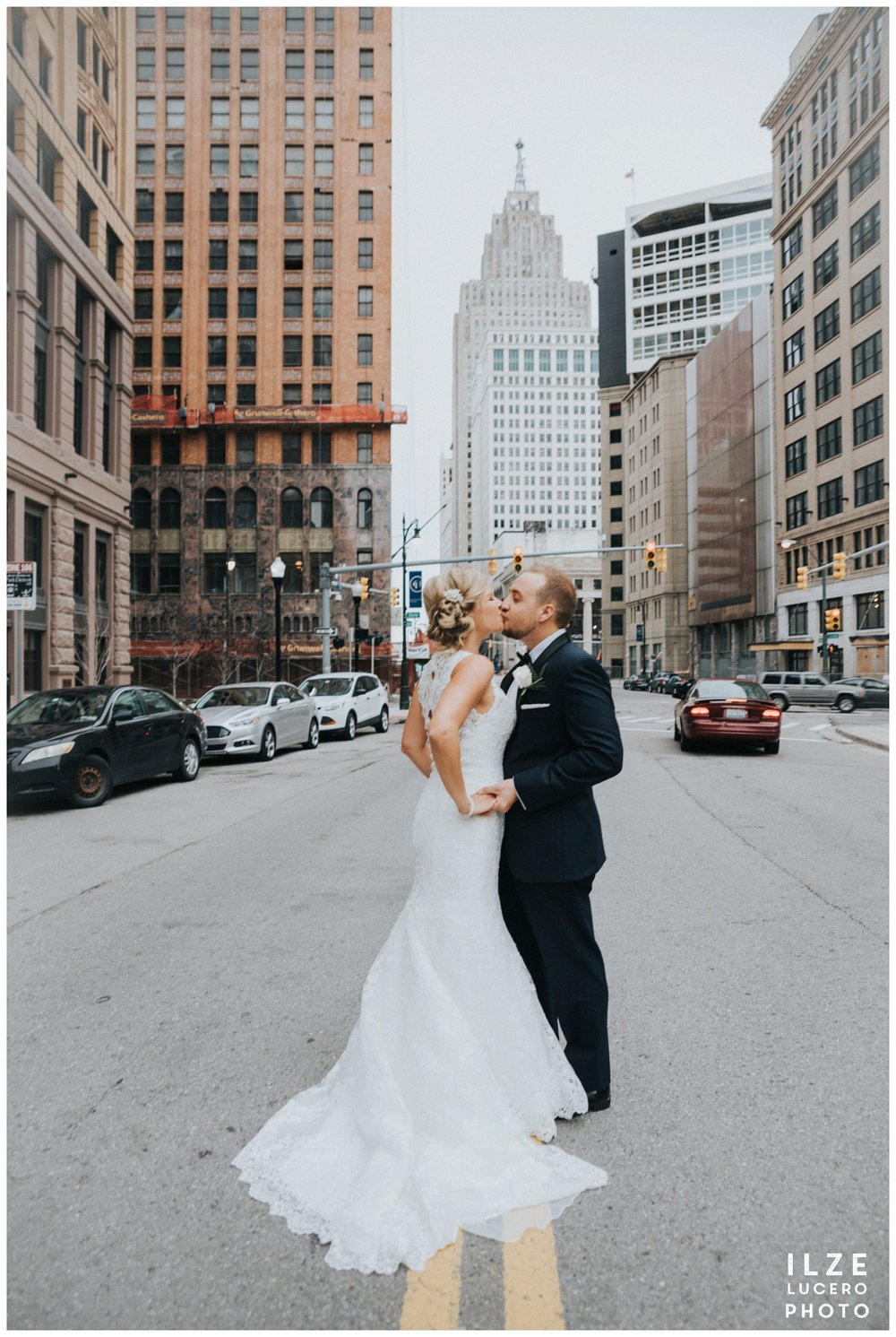 Creative City Wedding Photo Detroit