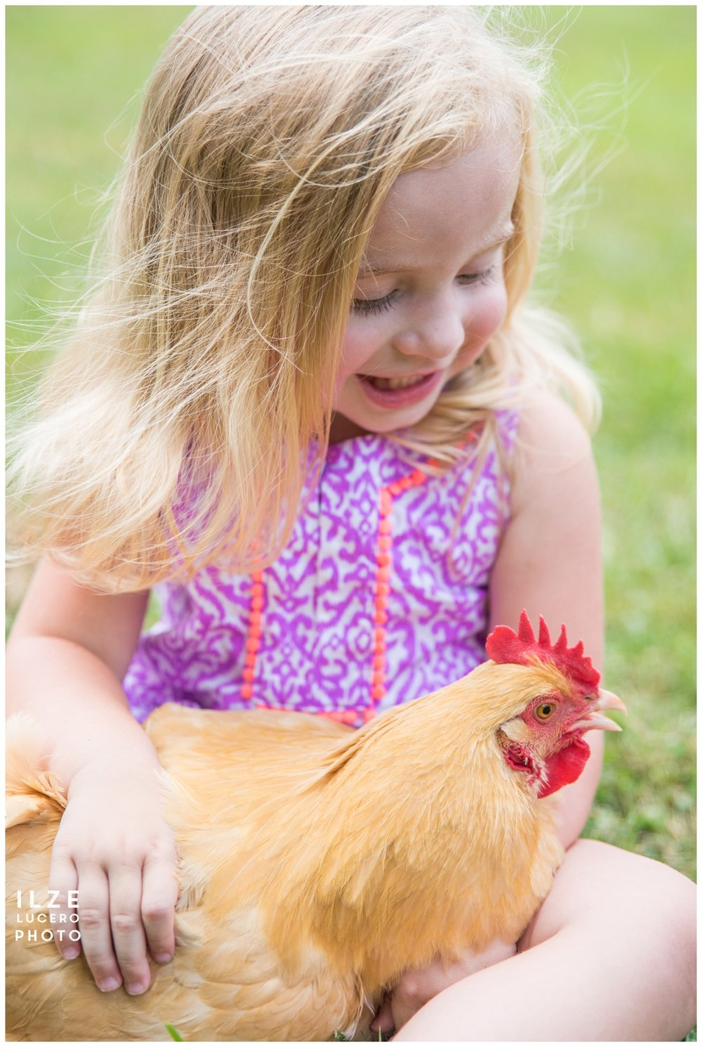 Girl and a hen photo session