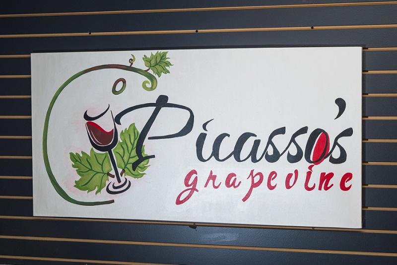 Picassos grapevine (23).jpg