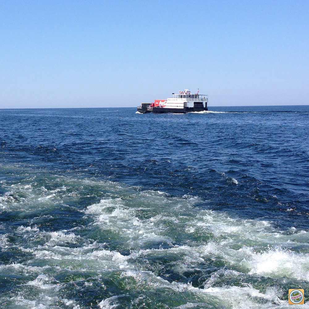 washington_island_ferry_2.jpg