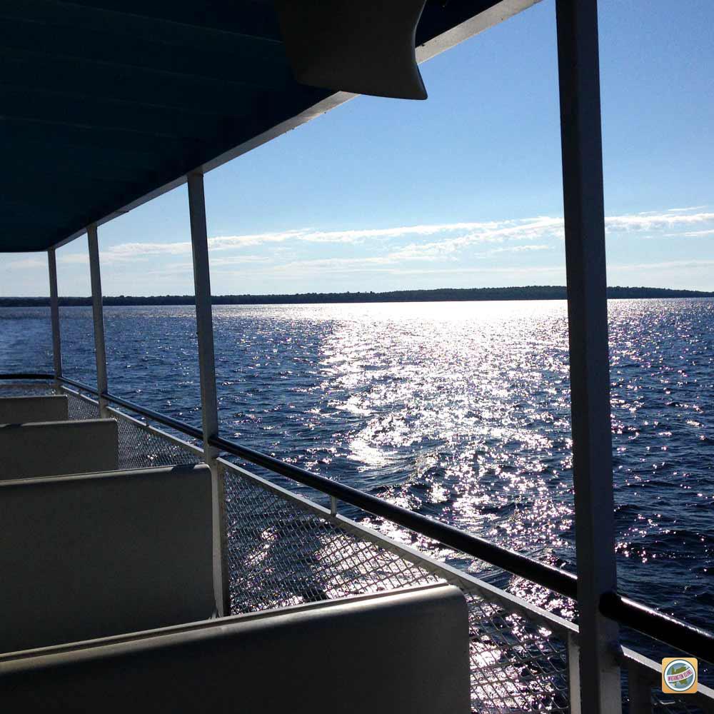 washington-island-ferry.jpg