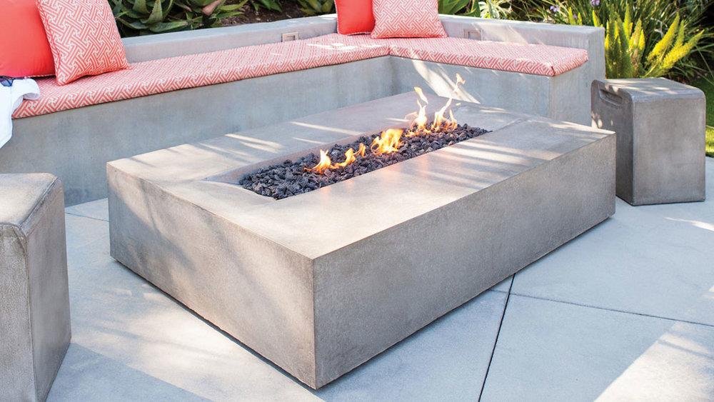 Brown Jordan Fires - Flo Fire Table