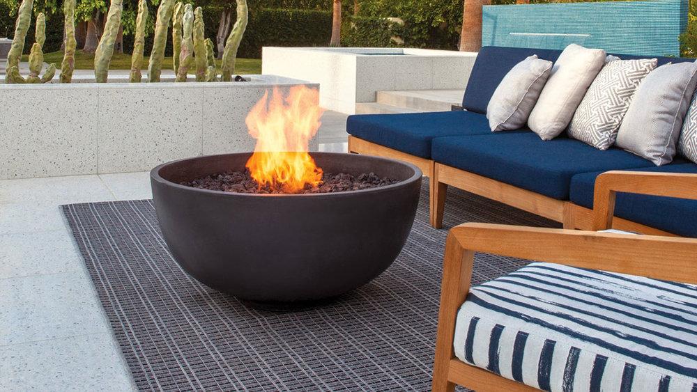 Brown Jordan Fires - Urth Fire Pit