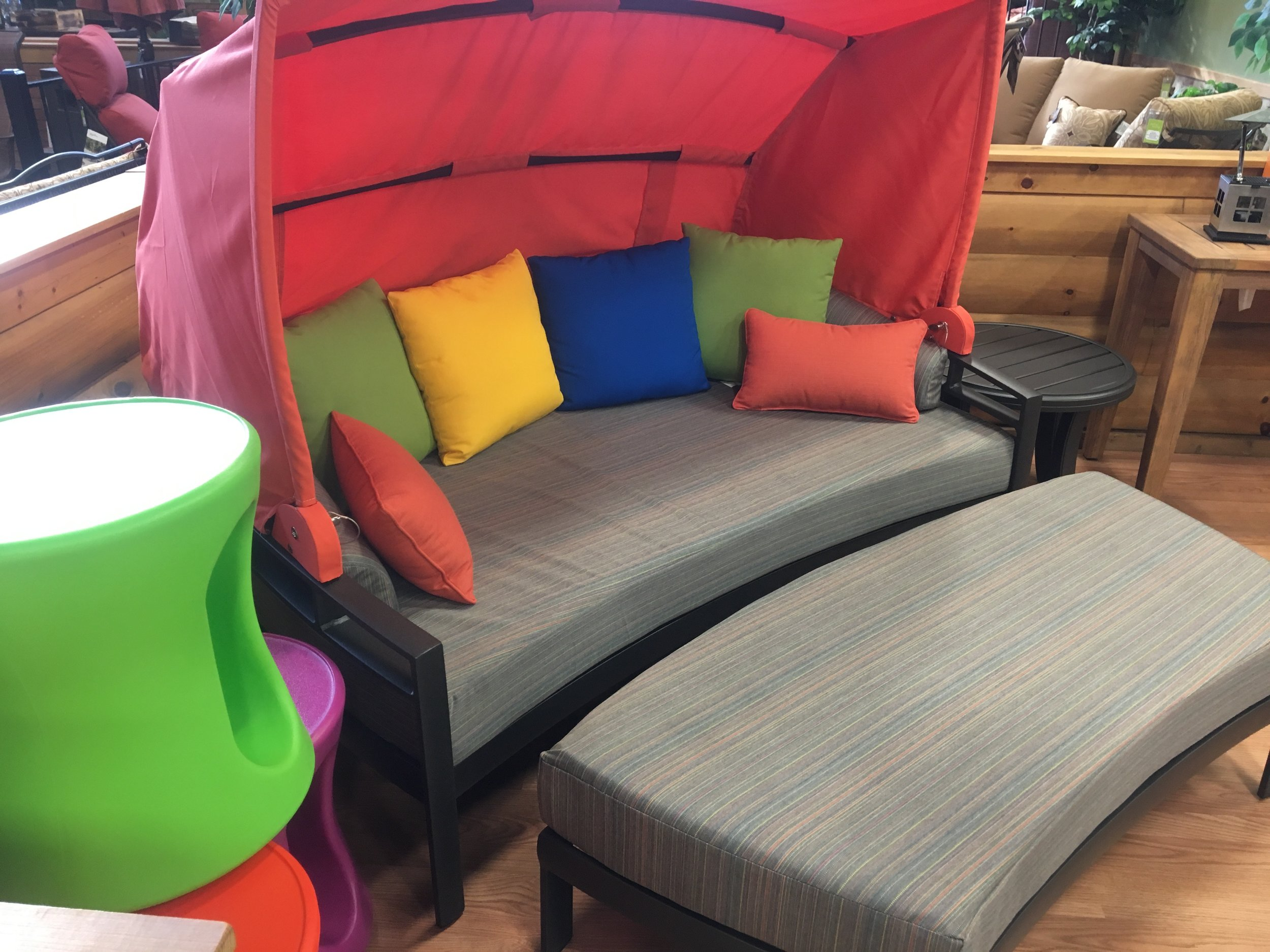 The Different Types Of Patio Furniture: From Sitting Pieces To Dining  Pieces U0026 Everything In