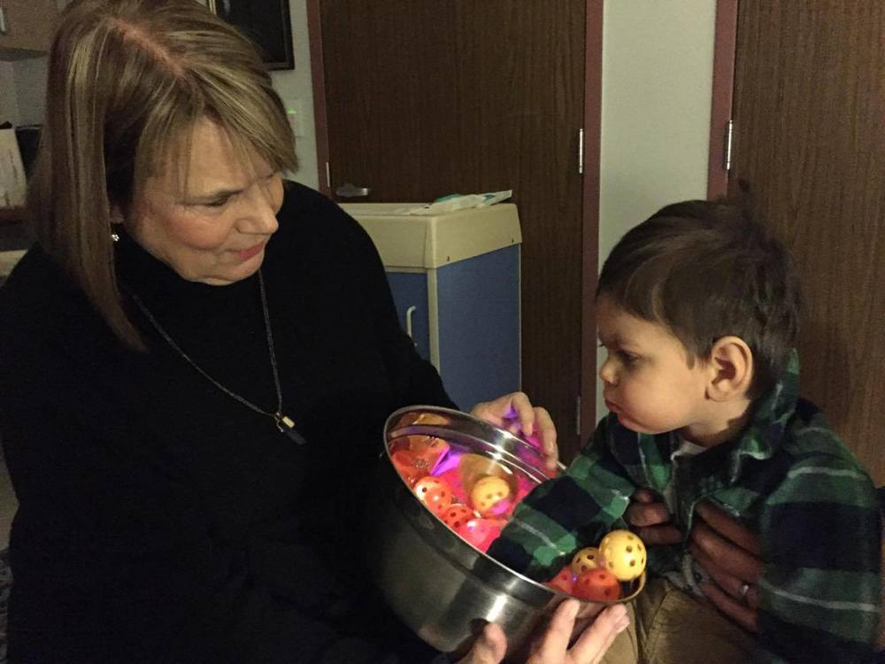 Maxwell working with Dr. Christine Roman-Lantzy in Pittsburgh, PA