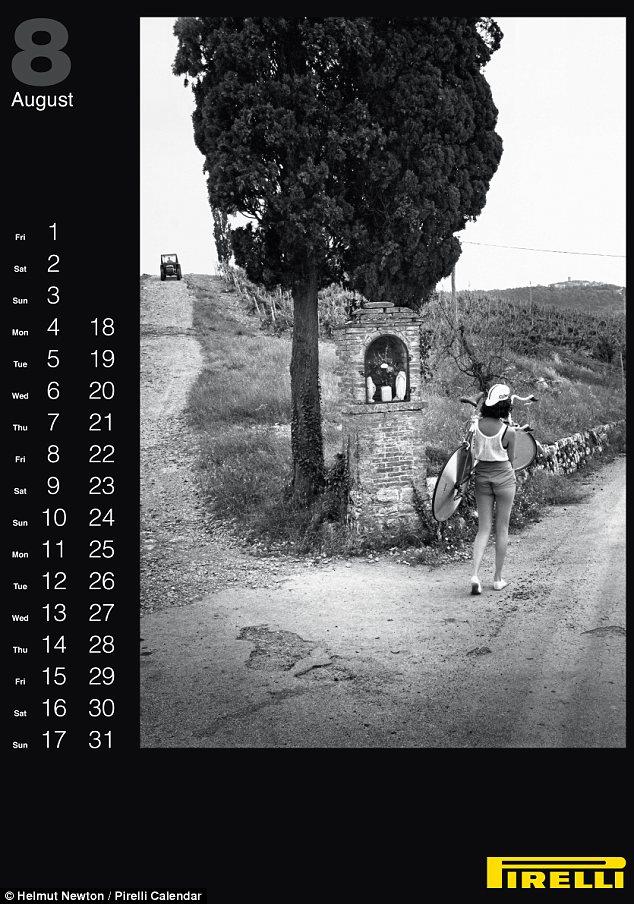 pirelli-calendar-2014-helmut-newton-august