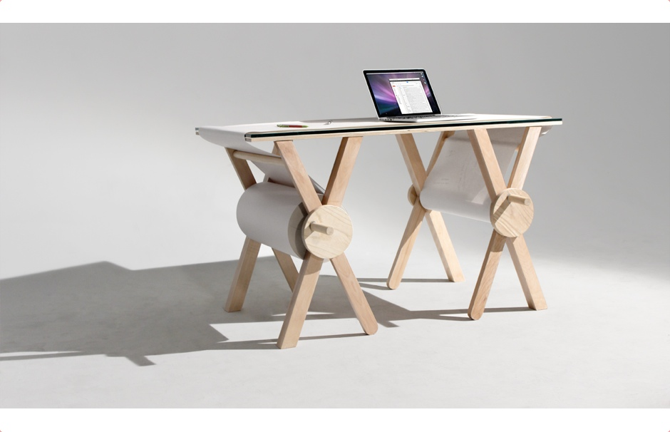 analog-memory-desk-0
