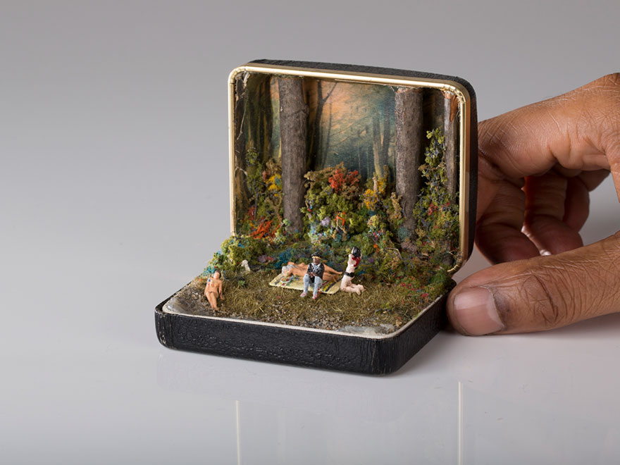 antique-ring-box-mini-diorama-talwst-1