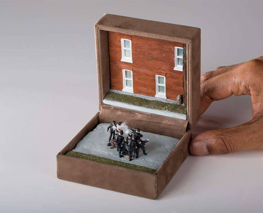 antique-ring-box-mini-diorama-talwst-10
