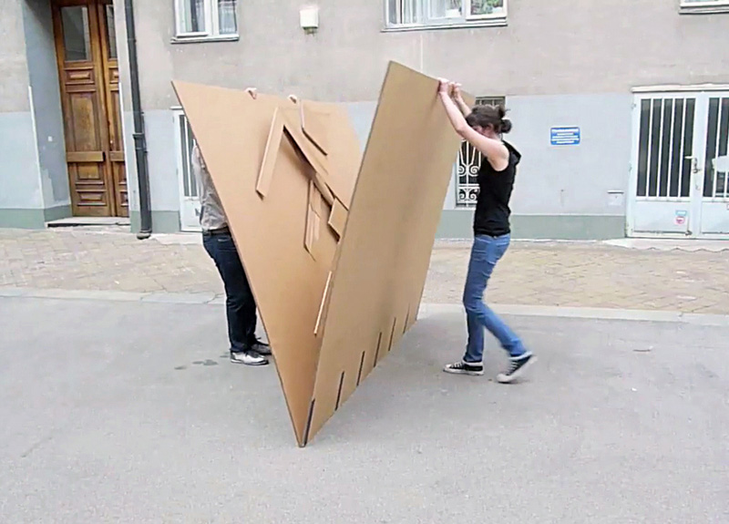 cardboard-furniture-fold